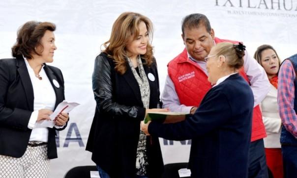 contrapapelnoticias-entregan-certificados-de-alfabetizacion-de-primaria-y-secundaria